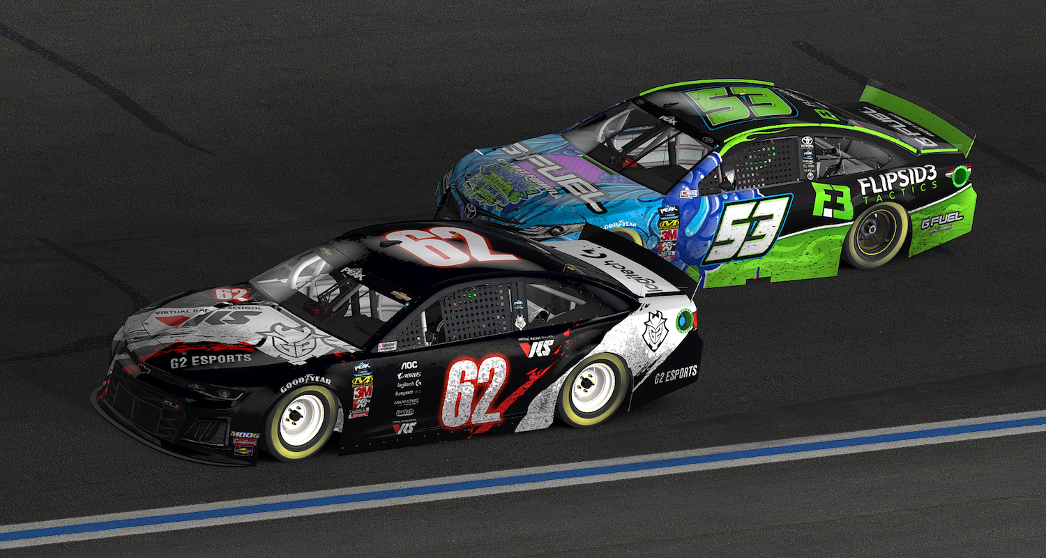 Keegan Leahy battles with Ryan Luza at Charlotte Motor Speedway